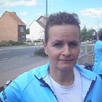 Angela Van Den Broek